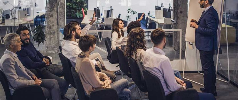 Treinamento nas empresas: entenda por que é essencial desenvolvê-lo!