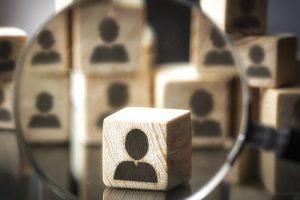 Como o microgerenciamento afeta negativamente seu negócio?
